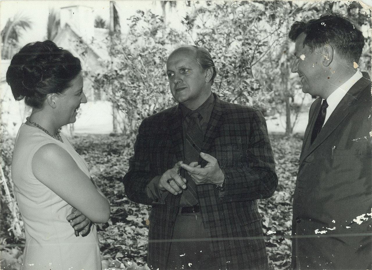 60年代世界展望會副會長與本院房舍建構人徐賓諾夫婦 (挪威人)